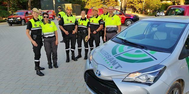 Foto de Mersant con la UME el día de las Fuerzas Armadas en Sevilla