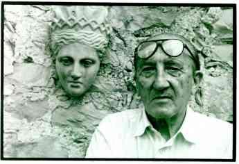 Retrato de Francisco Javier Sáenz de Oíza en su casa de Mallorca