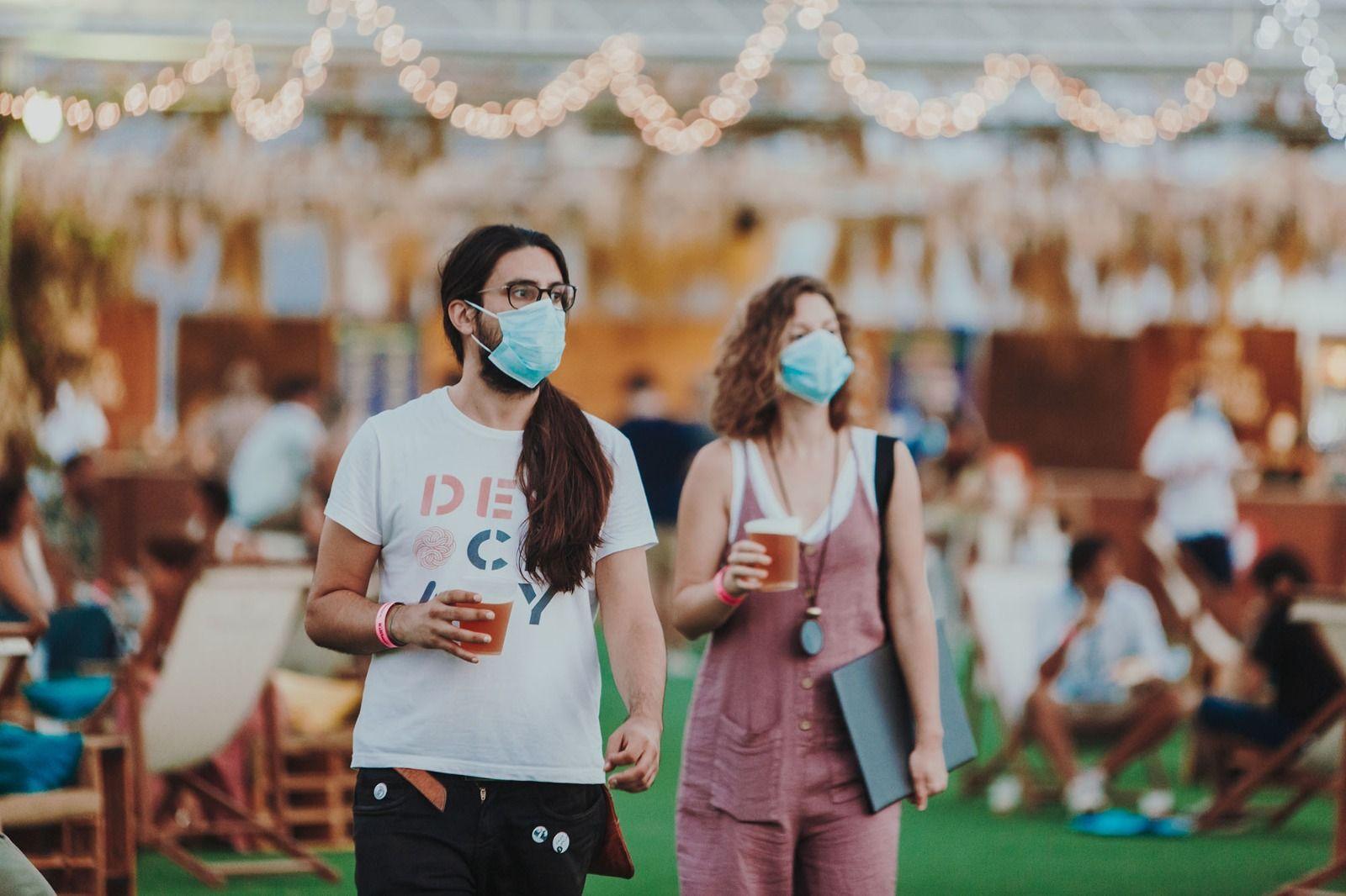 La cultura le echa un pulso al coronavirus, por culturacv.com