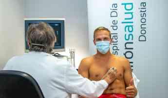 Johnny Dee en las instalaciones del Hospital de Día Quirónsalud Donostia