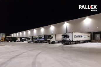 Foto de Muelles de carga en el exterior del nuevo hub Pall-Ex Madrid