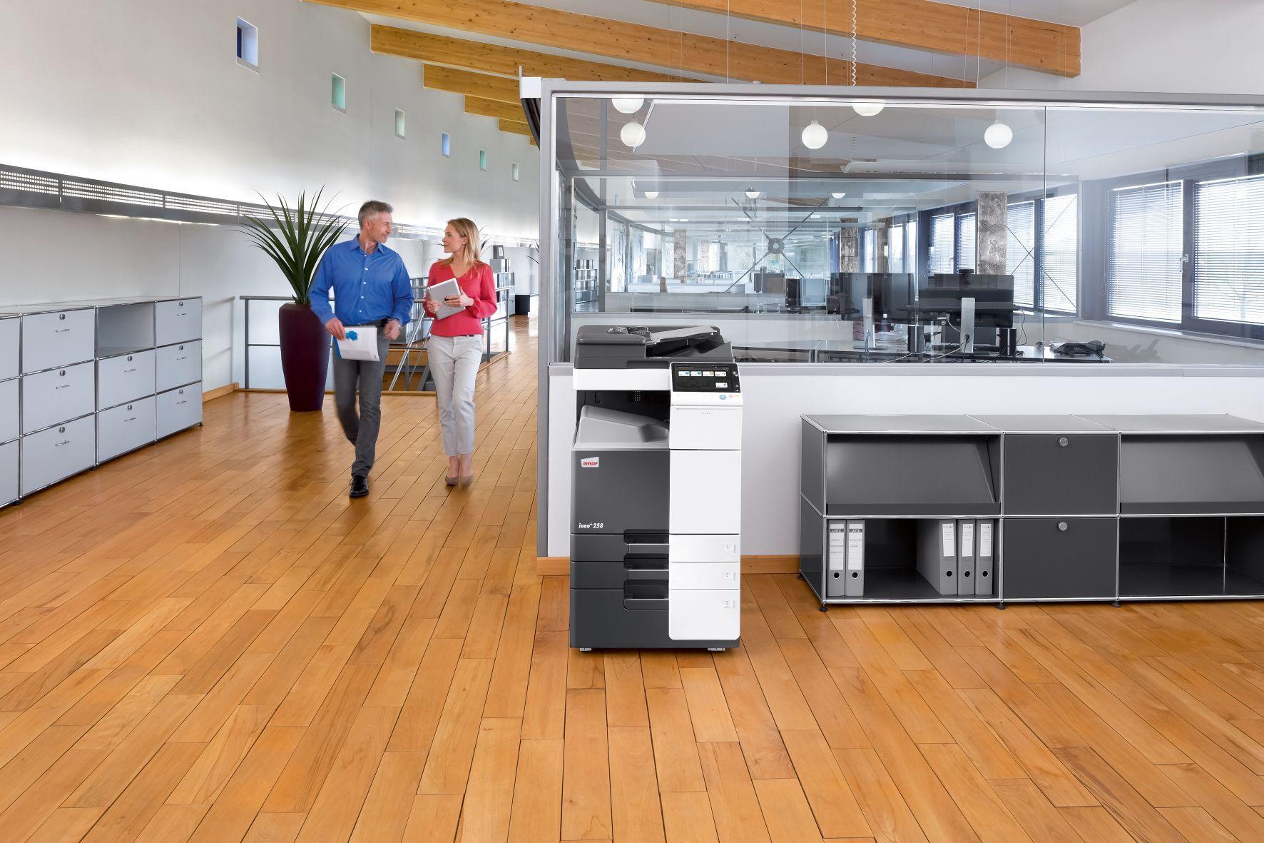 Foto de Impresora multifunción DEVELOP en oficina