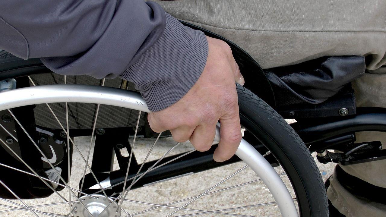 La ayuda diaria de las personas dependientes, una de las prioridades de Serviasistente
