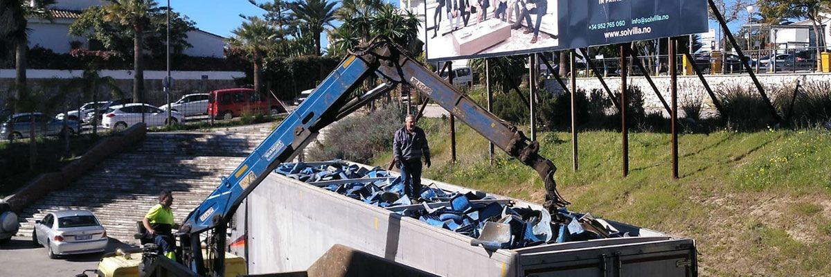 Foto de punto de reciclaje estepona