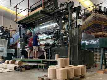 Las instalaciones de Alfombras Hispania, en pleno proceso de