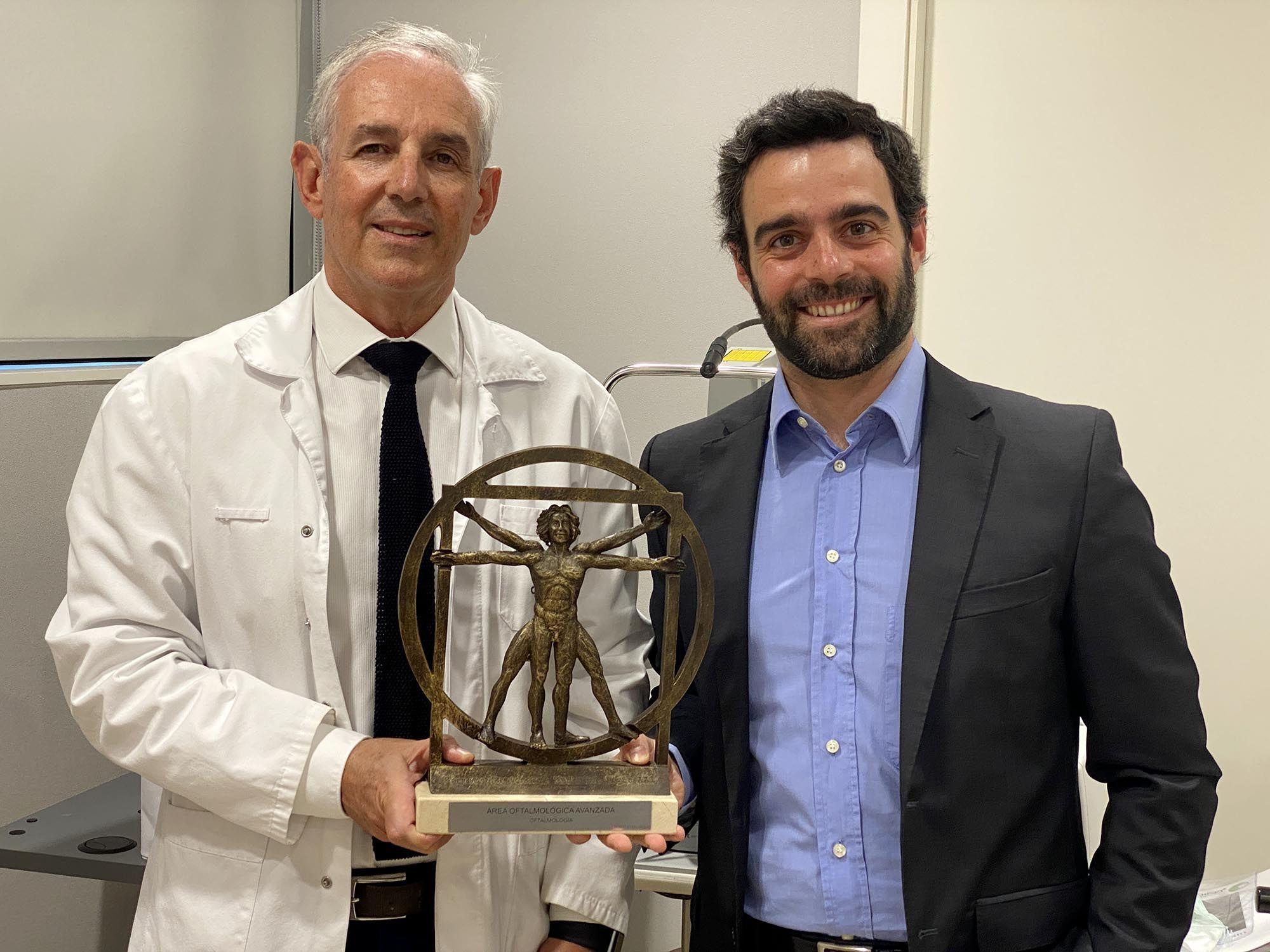 Foto de Galardón Premio Nacional de Medicina en Oftalmología S. XXI