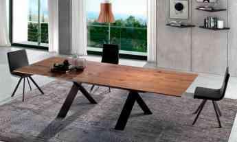 Foto de Mesa de comedor extensible de madera con patas metalicas