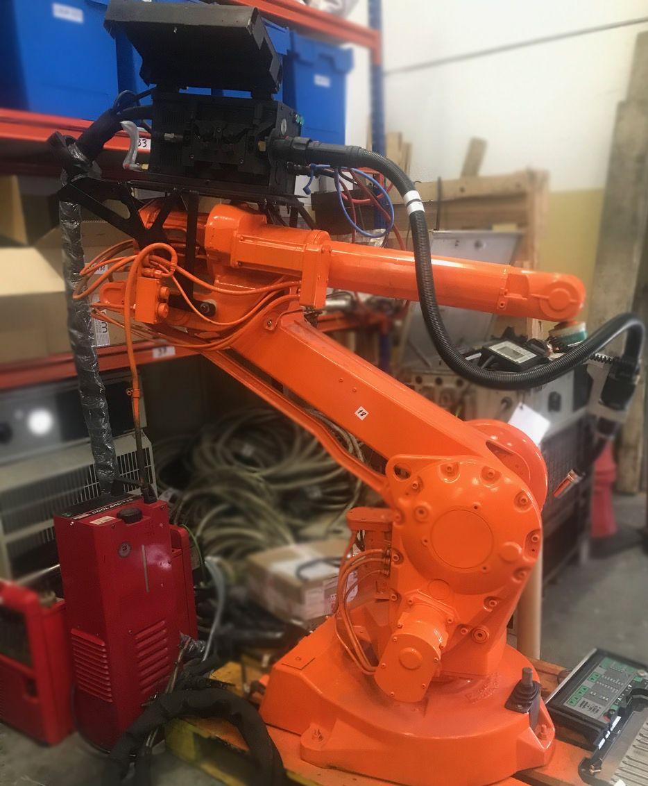 Foto de Robots Gallery lleva robots industriales de ocasión a 26