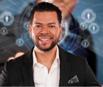 Julián Alcántara, experto en Network Marketing