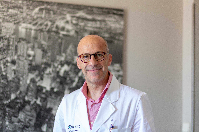 Fotografia Carlos Orduna, oftalmólogo y codirector de la plataforma