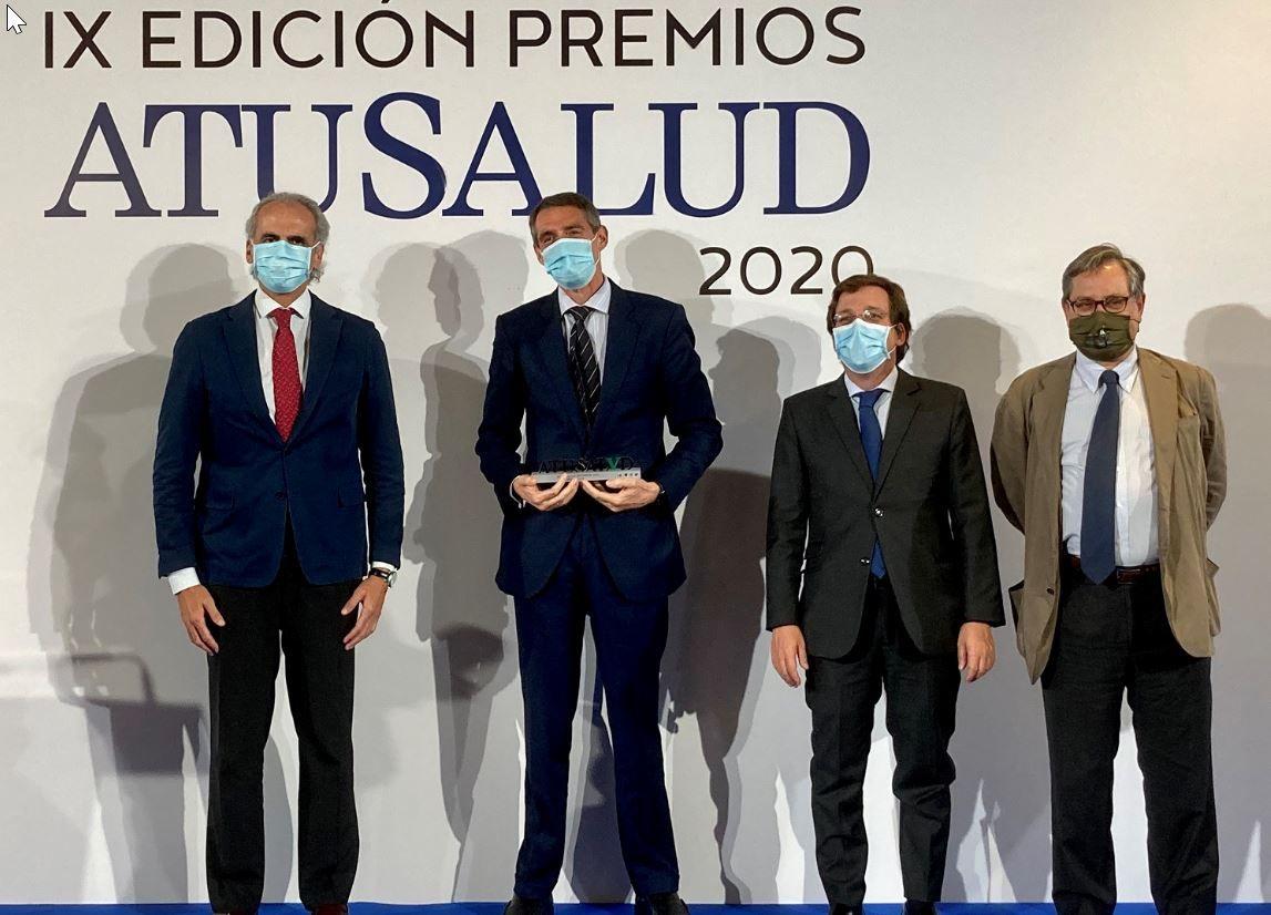 Foto de Juan Antonio Álvaro de la Parra, con las autoridades, en la