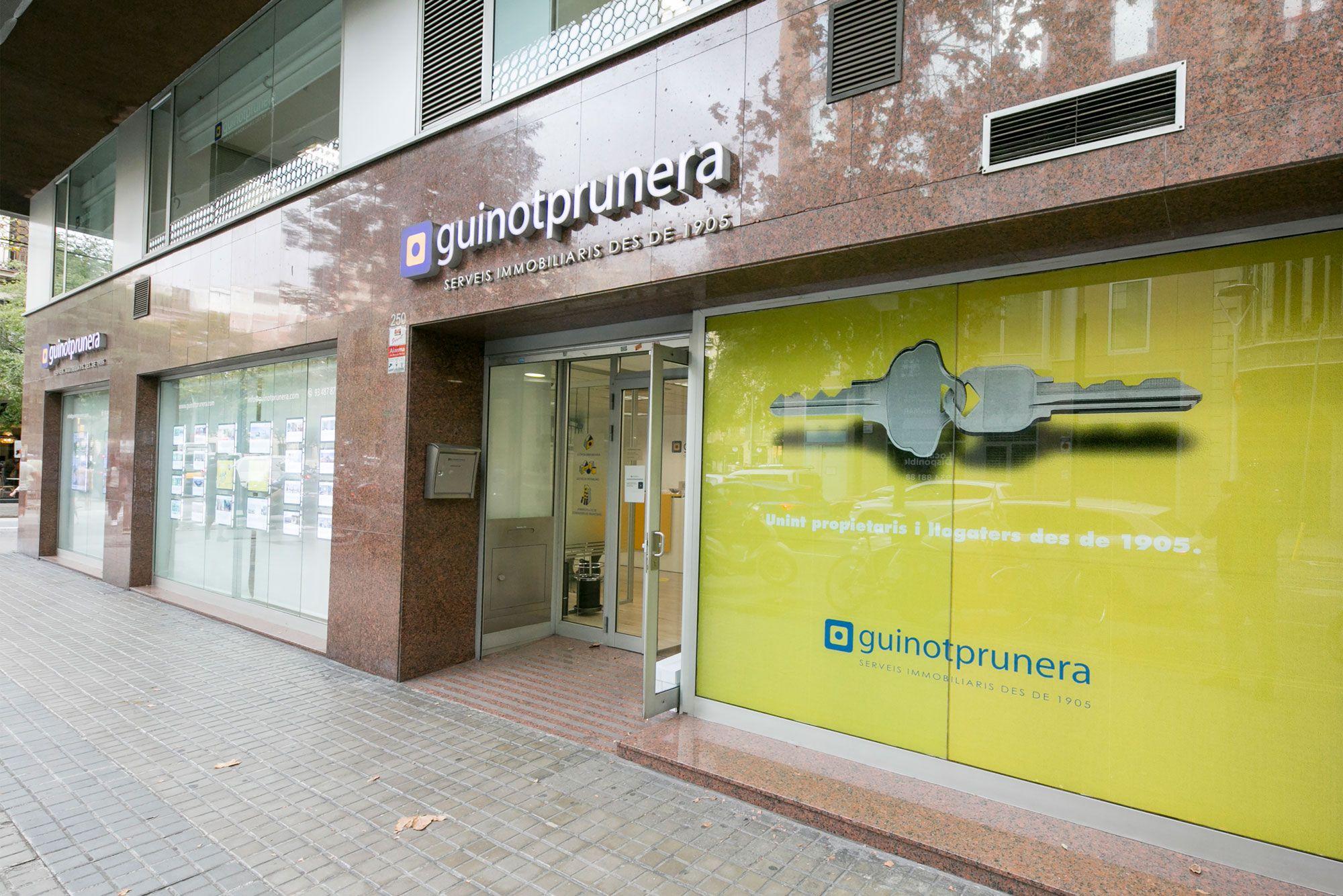 Foto de Oficina GuinotPrunera - Rosselló