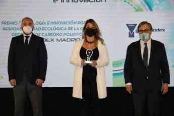Foto de Manuel Giménez Inmaculada Palomo y Paco Marhuenda - Premio