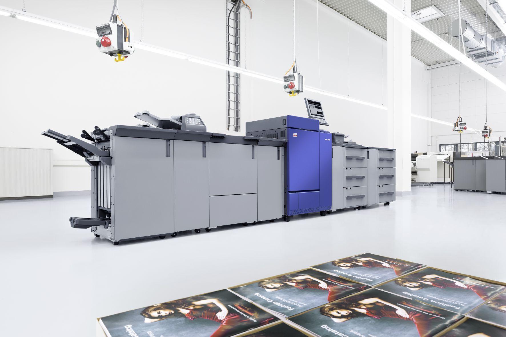 Foto de Impresora DEVELOP ineo+ 6100 en fábrica