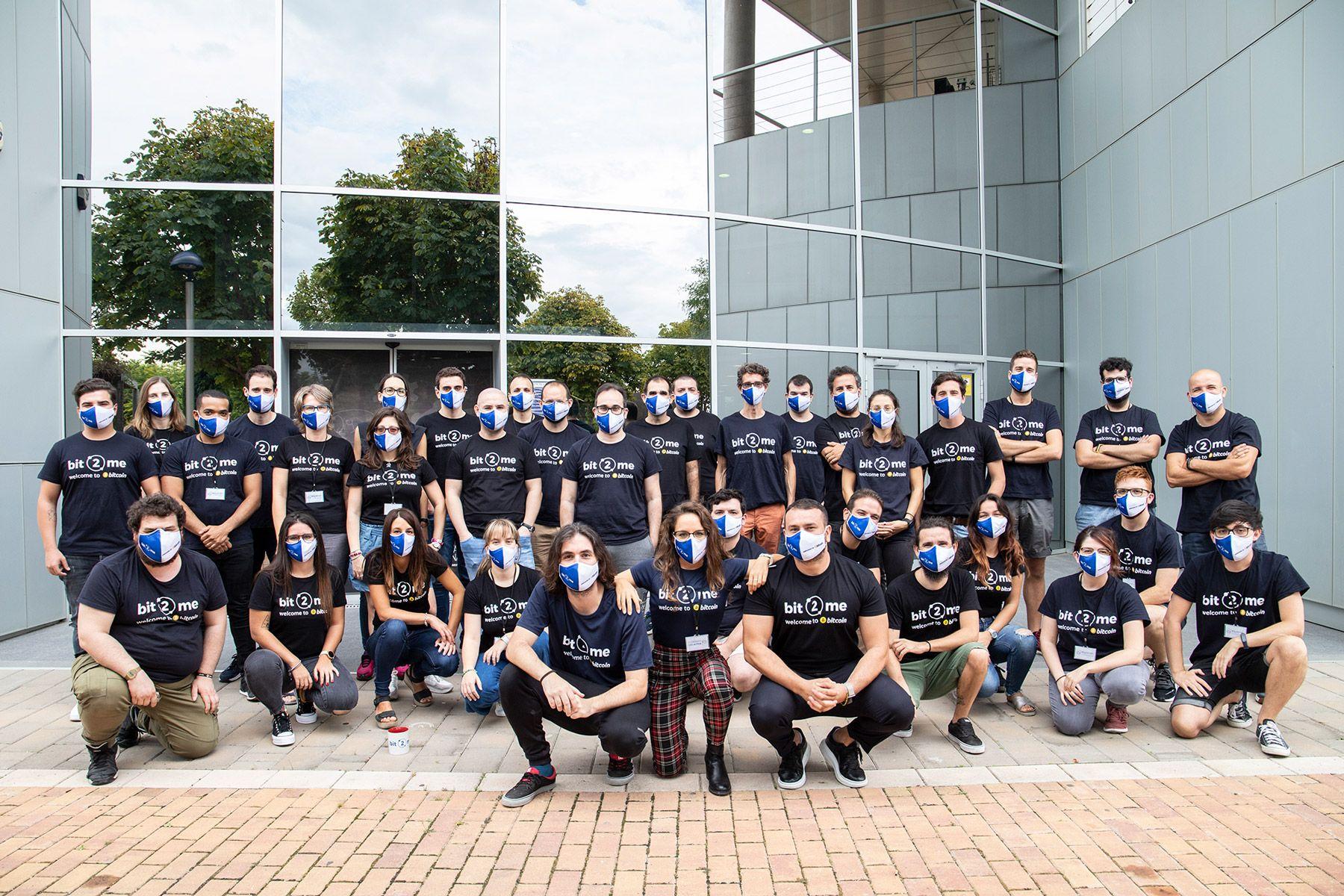 Fotografia Bit2Me-Equipo-oficinas-principales