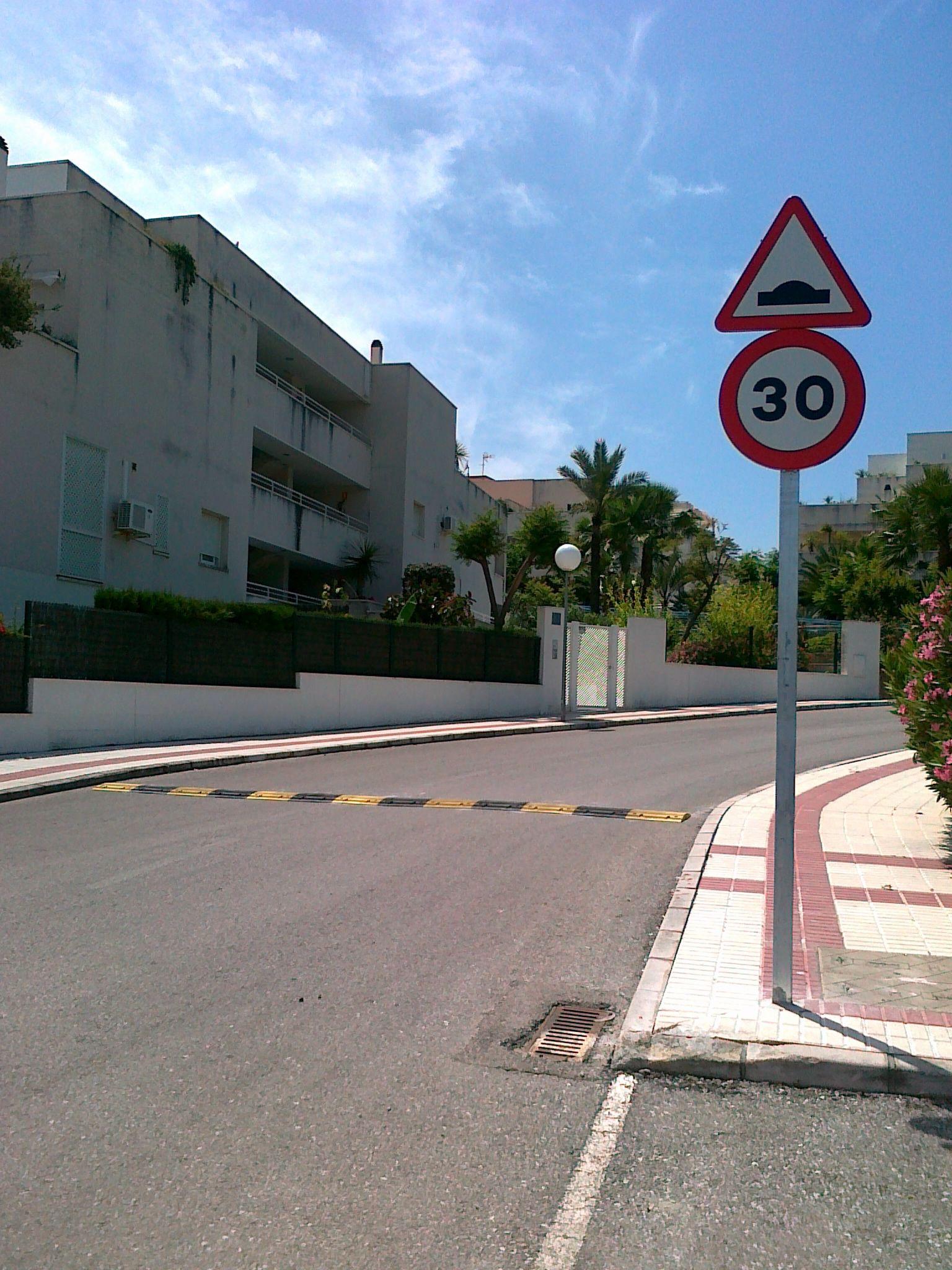 Foto de Parking Fácil aconseja sobre las nuevas normas de tráfico