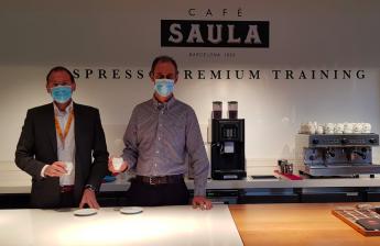 Ricard Tello, CEO de FitDietBox con Adam Giralt, director comercial de Cafè Saula