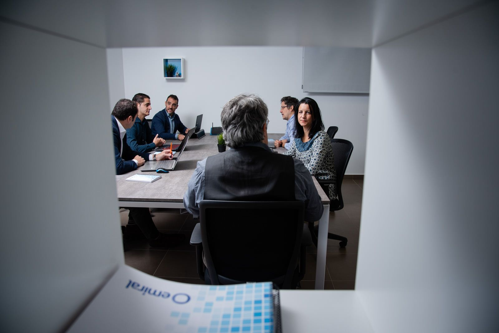 Foto de Parte del equipo de Emiral en sus oficinas de Madrid