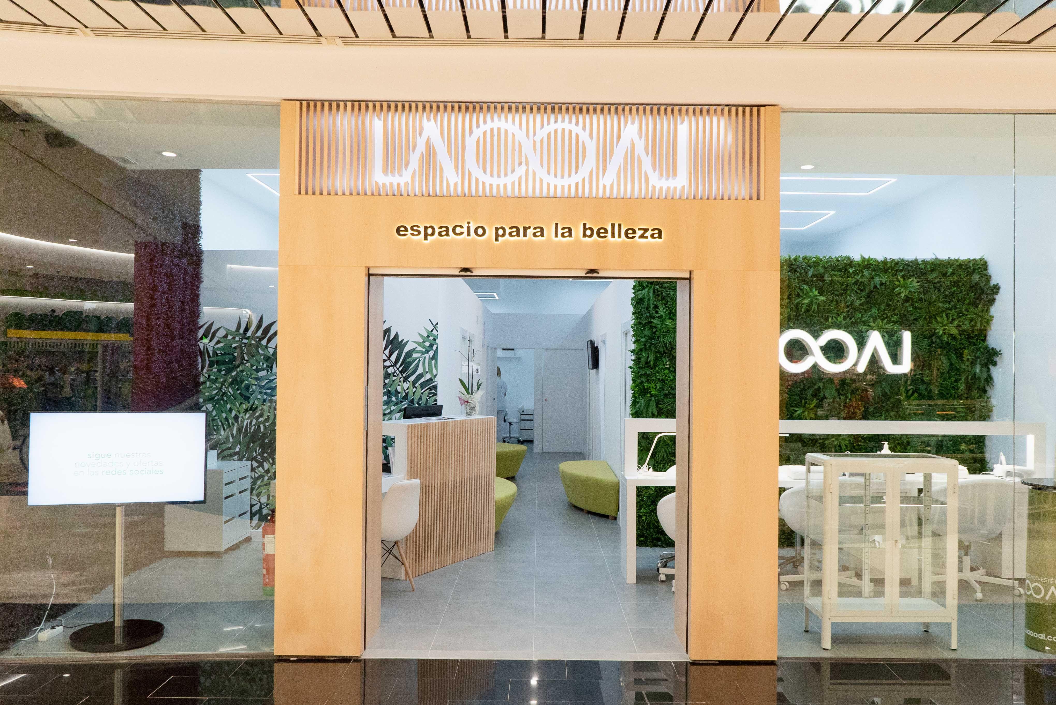 Foto de Fachada centro médico estético Laooal