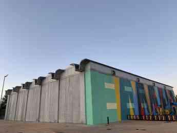 Foto de Polideportivo de la Alhóndiga de Getafe obra de Fisac,