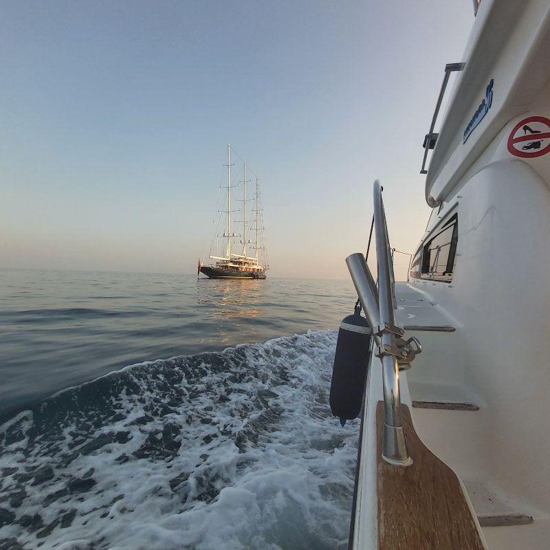 Foto de La experiencia más completa con Lovit Charter Puerto Banús