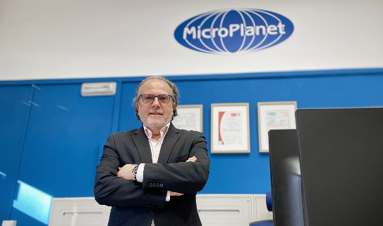 MicroPlanet, especializada en suministros para el laboratorio y la industria, celebra su 20 aniversario