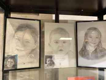 Foto de 'Retratos a lápiz', de Ana Isabel Sánchez Burgueño, hasta