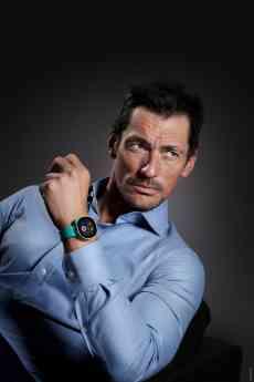 Vodafone se alía con el famoso modelo internacional David Gandy en su sesión de fotos más sorprendente hasta ahora