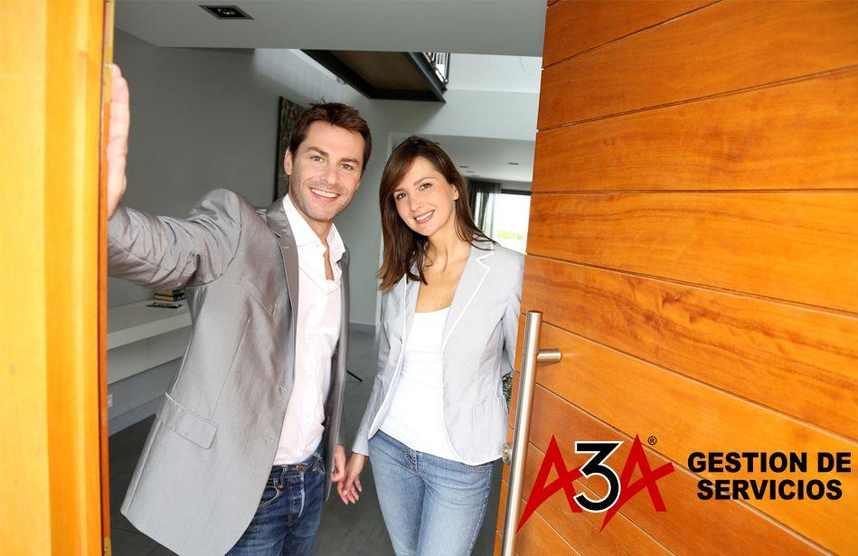Foto de ¿Cómo elegir la puerta de entrada a la casa? por A3A