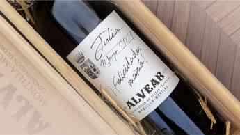 El vino dulce PX Alvear personalizado para el Día de la Madre