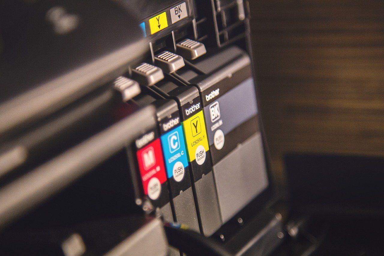 """Ofi-Logic: """"Es muy importante conocer los peligros de usar cartuchos alternativos y no originales"""""""