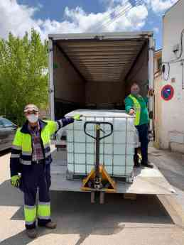 DESTINA transporta de manera gratuita la donación de 2.4 toneladas de hidrogel por parte de BASF a instituciones castellano-manc