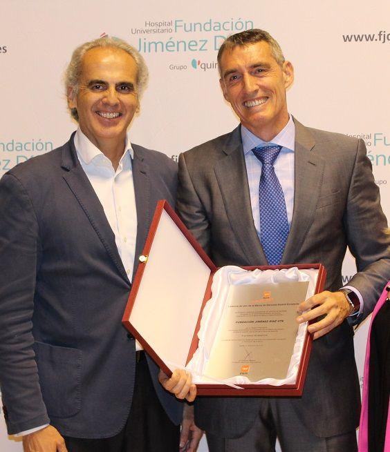 Foto de Juan Antonio Álvaro de la Parra (dcha.), en una imagen de