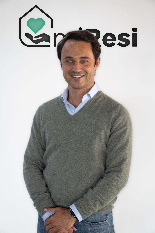 Fotografia Pablo Otero, joven empresario, es el fundador de miResi.