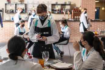 La Fundación Mahou San Miguel abre un nuevo plazo de inscripción para la 8ª edición de su programa 'Creamos Oportunidades en Hos