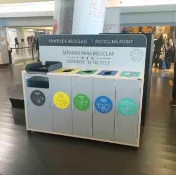 Mueble recogida selectiva aeropuerto Palma de Mallorca