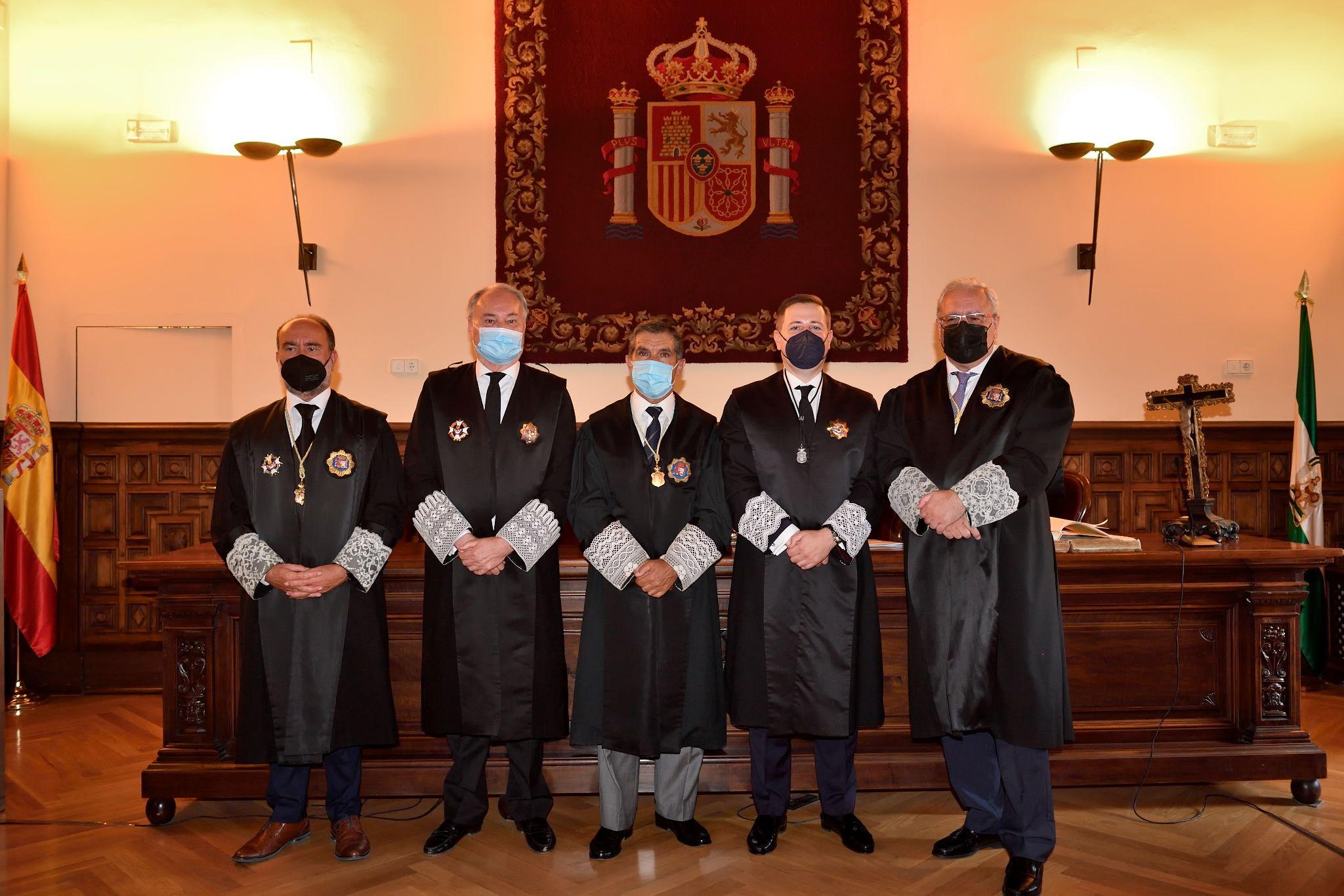 Fotografia Toma Posesión Consejo Andaluz Procuradores