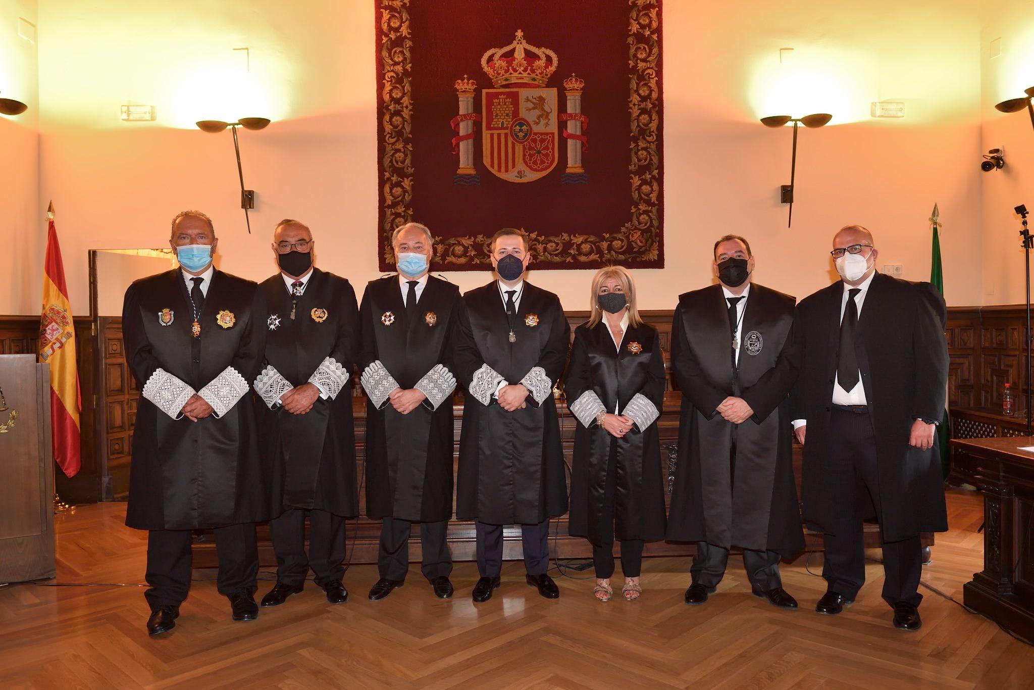 Fotografia Toma Posesión Consejo Andaluz Procuradores 2