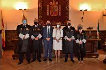 Foto de Toma Posesión Consejo Andaluz Procuradores 1