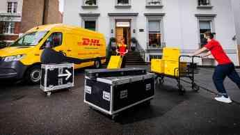 Acuerdo entre DHL y Universal Music Group para apoyar a artistas