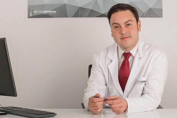 Foto de 5 mejores doctores de injertos capilares
