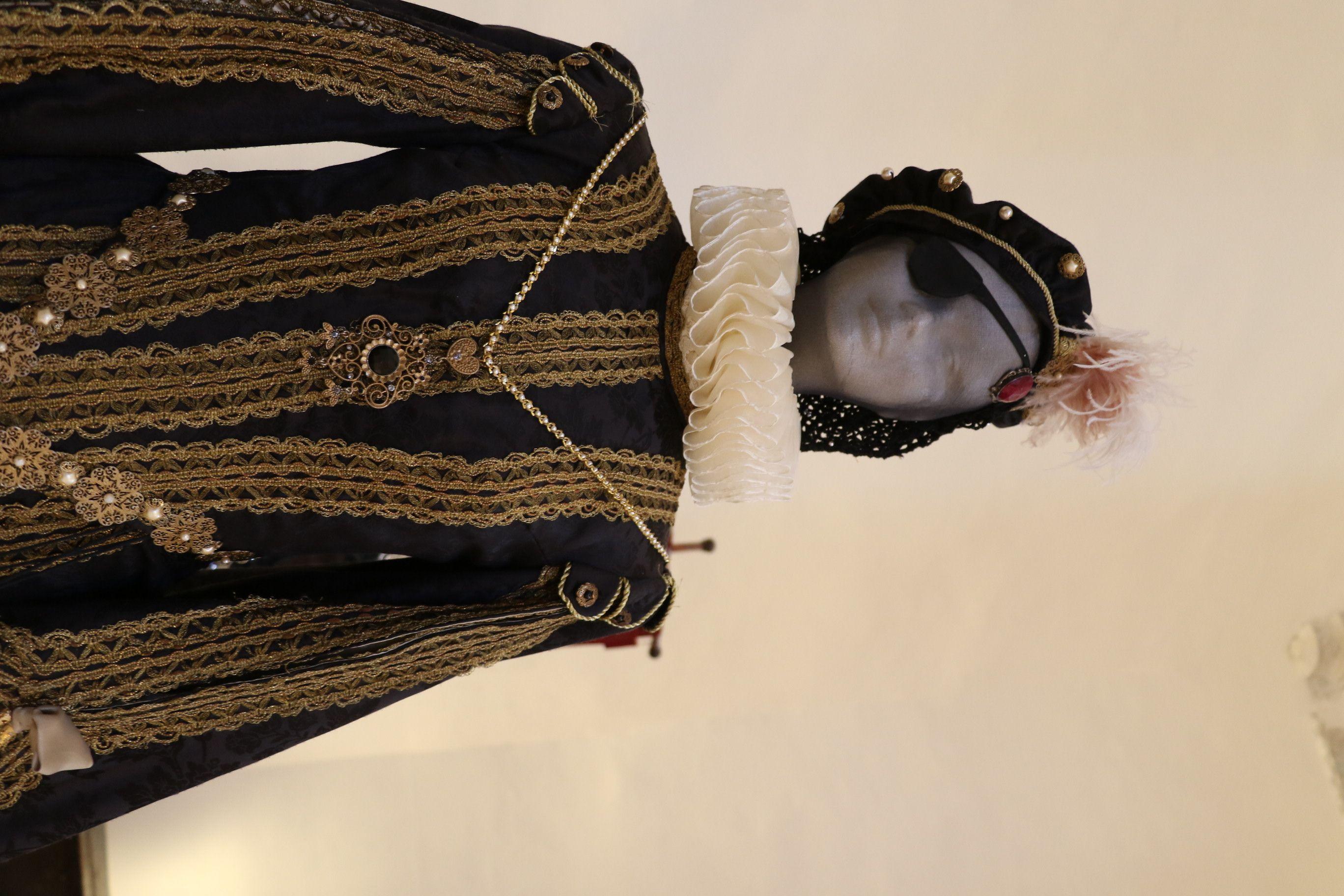 Fotografia Inaugurada una exposición permanente de trajes