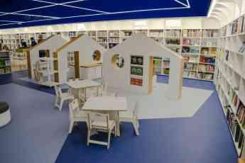 Aula Infantil en espacio de lectura con muebres FluAP de Efebé