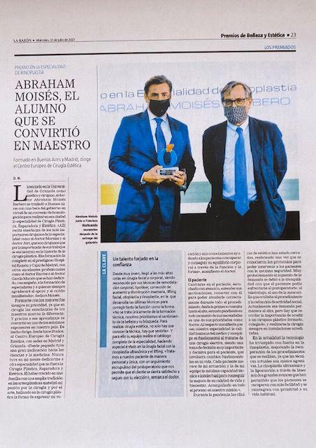 Foto de El Dr. Abraham Moises Barbero recibe el premio Mejor