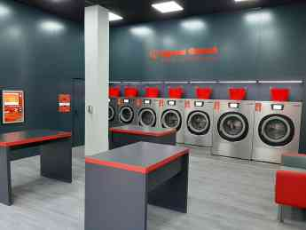 Foto de Detalles interior lavandería Speed Queen