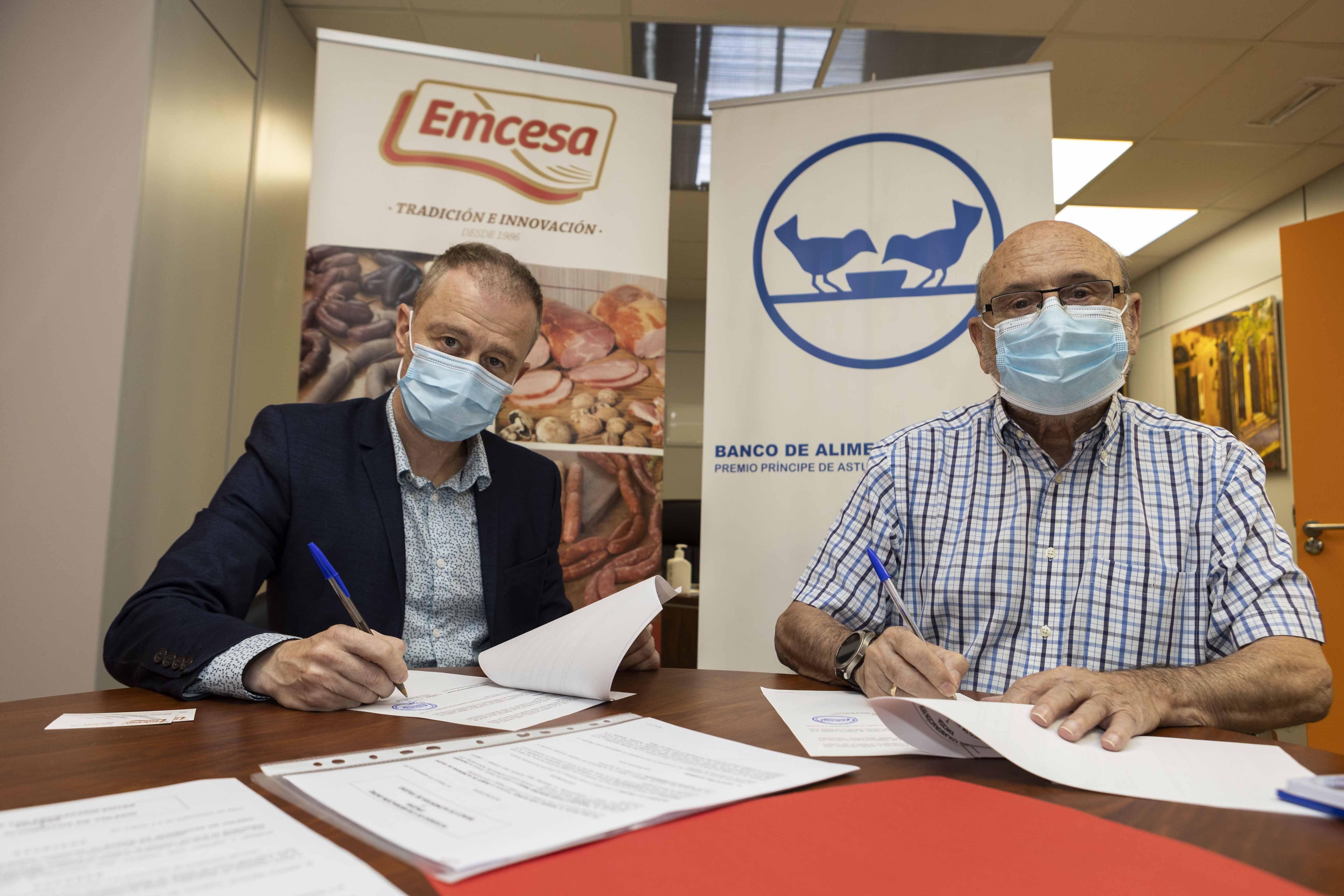 Emcesa firma un acuerdo anual con el Banco de Alimentos