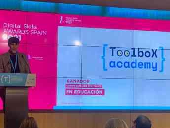 Un momento del discurso de Francisco Vico, profesor de la Universidad de Málaga, en la entrega de premios de AMETIC celebrada ay
