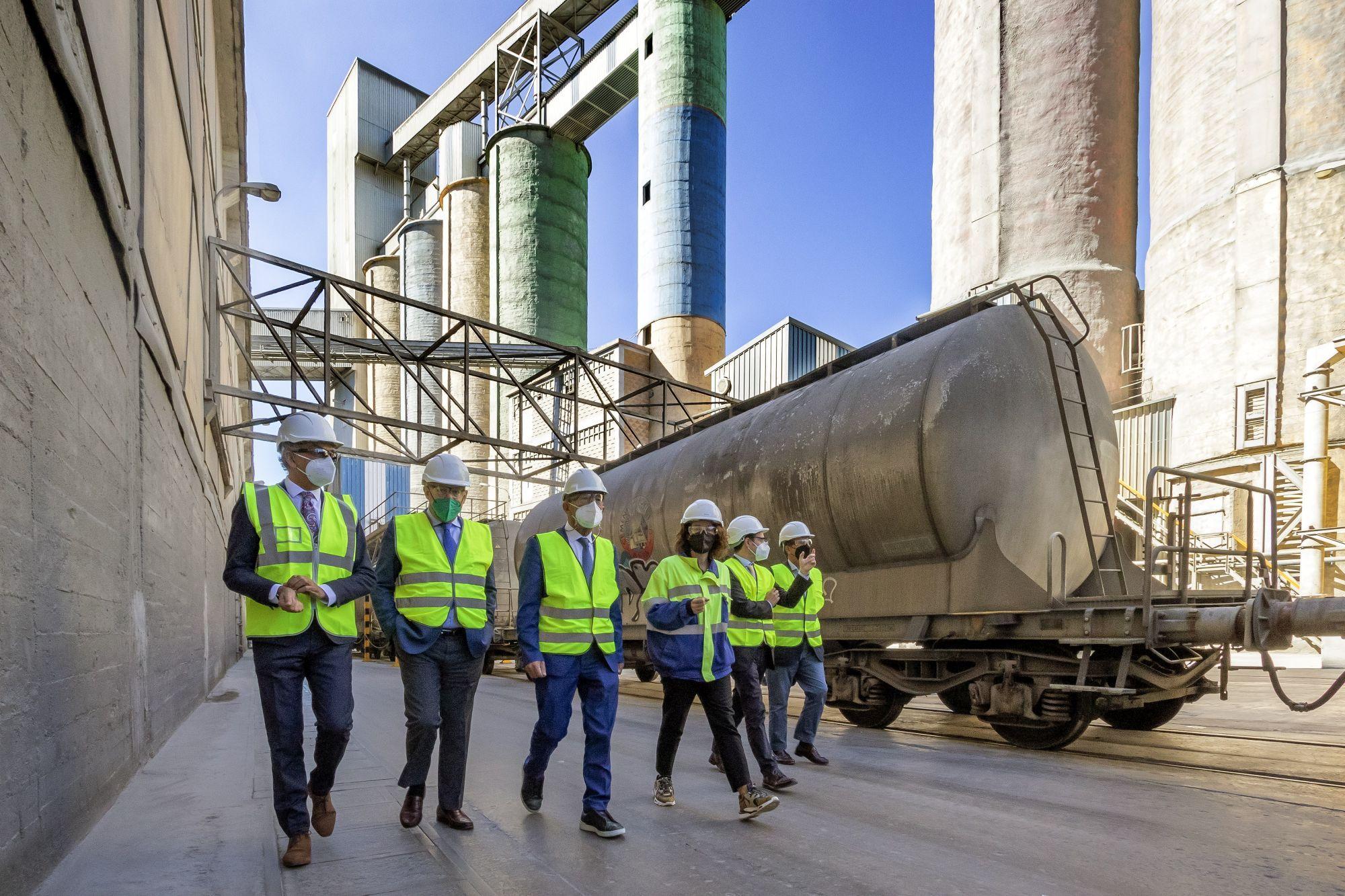 Foto de Visita a las instalaciones de Cementos Alfa en Mataporquera
