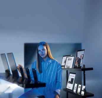 La tendencia a la digitalización y el uso intensivo de fuentes de luz artificial aumentan la exposición de nuestros ojos a la lu